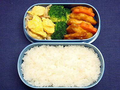 11/26 鶏の甘酢煮弁当